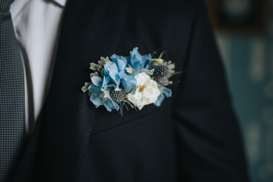 petal-and-stalk-portfolio-groom-flower-pocket